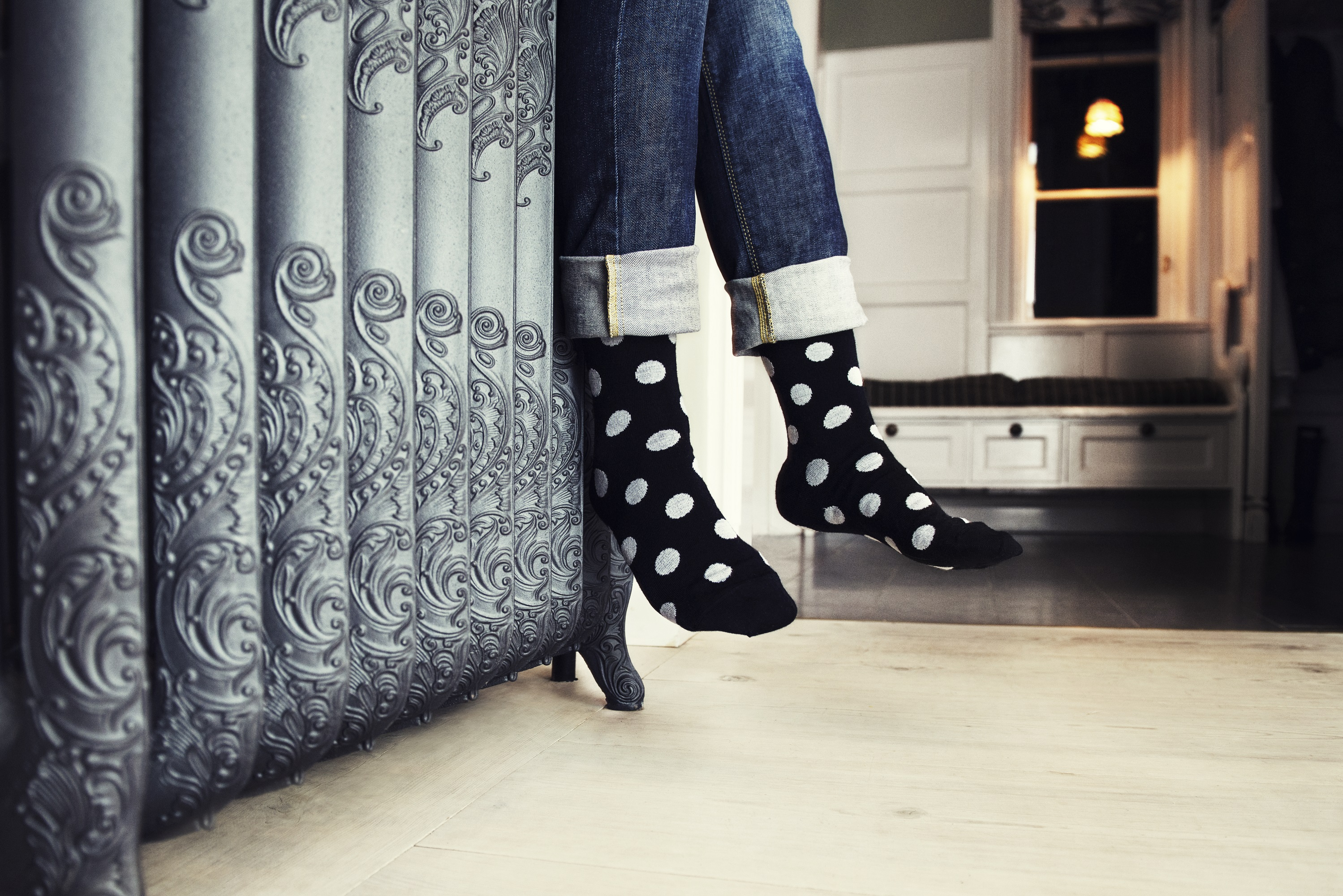 dotted-socks-in-environment-141207